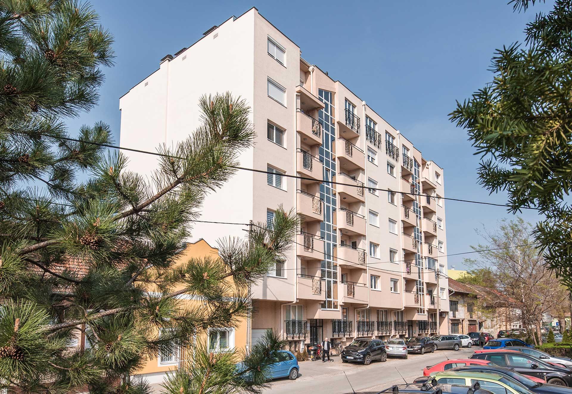 Cenzar nekretnine - Ulica Ivana Broza Subotica - novogradnja - pogled sa ulice